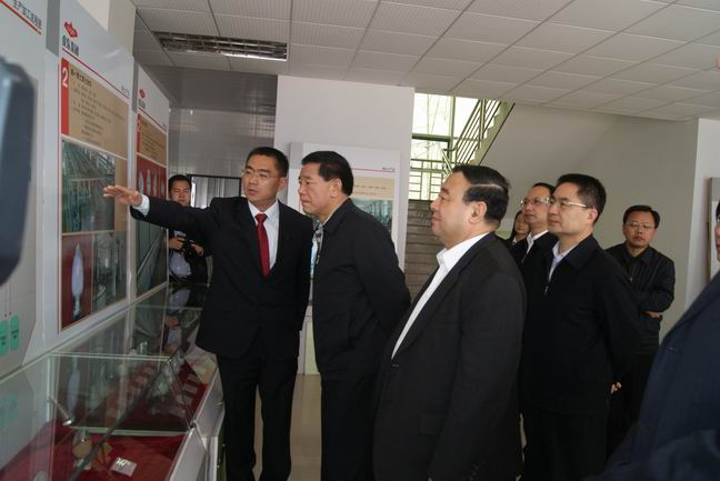Minister of Jiangxi Provincial Party Committee Organization Department -- Mo Jiancheng came to visit GQD Group